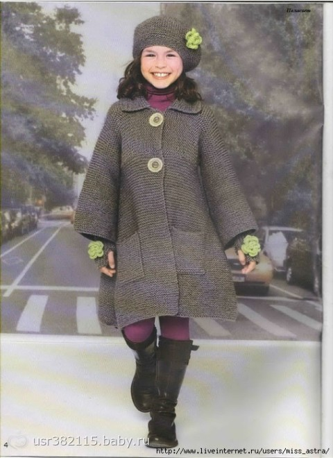 Вязаное расширенное пальто, митенки и берет для девочки 4 - 12 лет Возраст: 4-6-8-10-12 лет