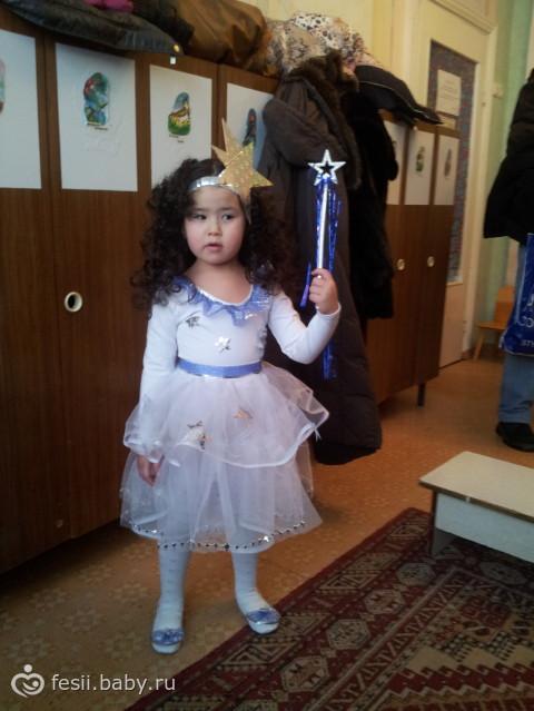 Платье в звездочку на девочку
