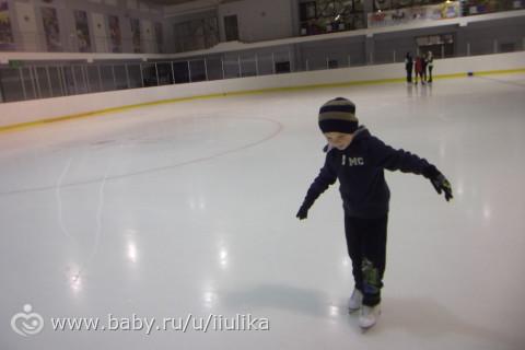 Отдали бы ребёнка в профессиональное фигурное катание?